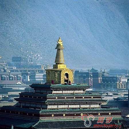 桑吉大塔现为印度最大的佛塔,其丰富的雕刻作品是古印度佛教之精粹,在